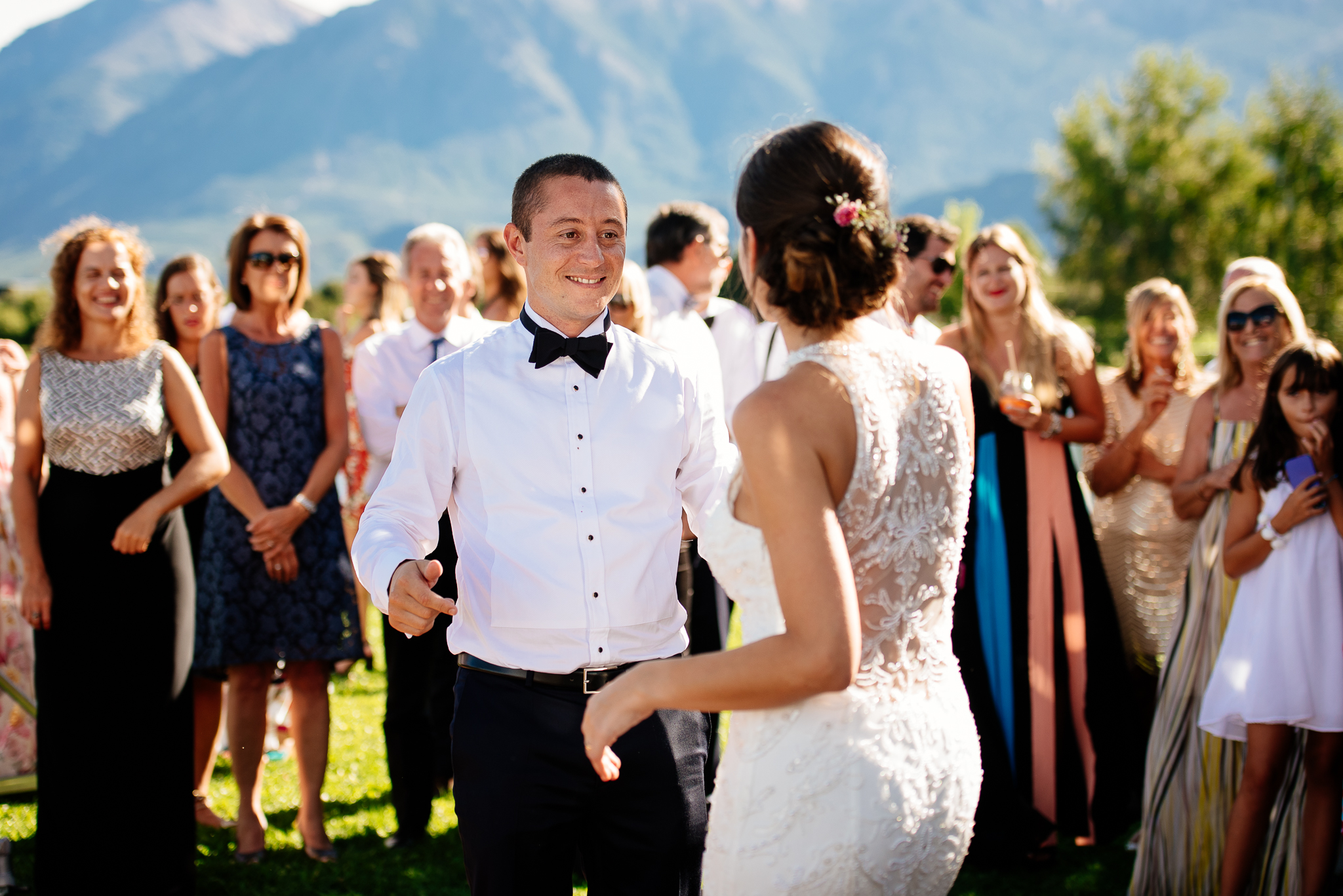 boda-bariloche-maxi-oviedo-fotografo-ramo-vestido-de-novia-55.jpg