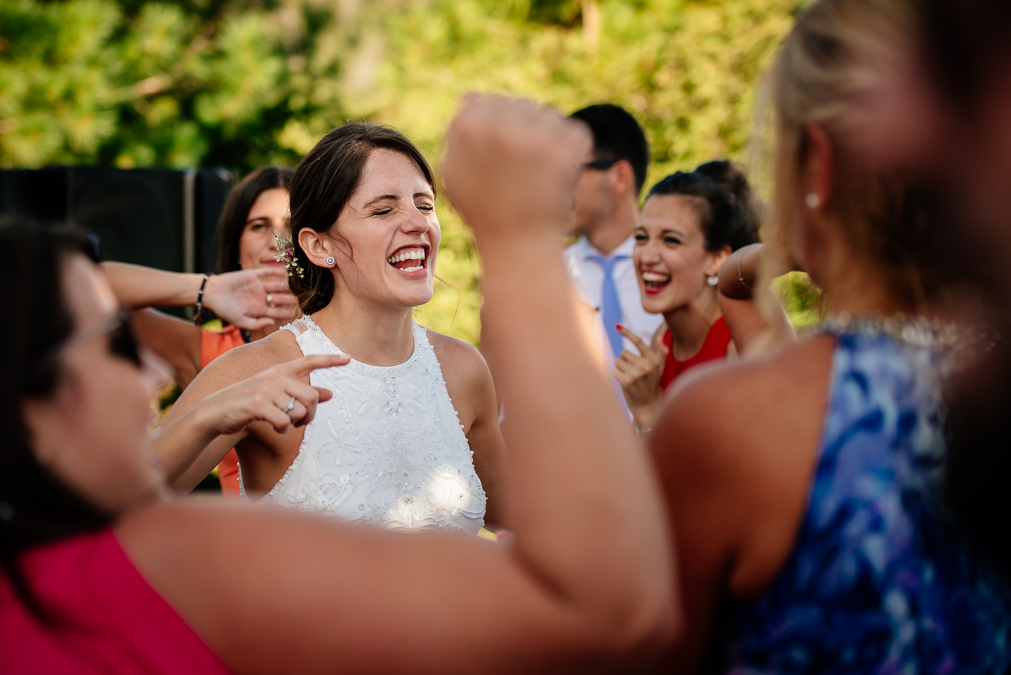 boda-bariloche-maxi-oviedo-fotografo-ramo-vestido-de-novia-61.jpg