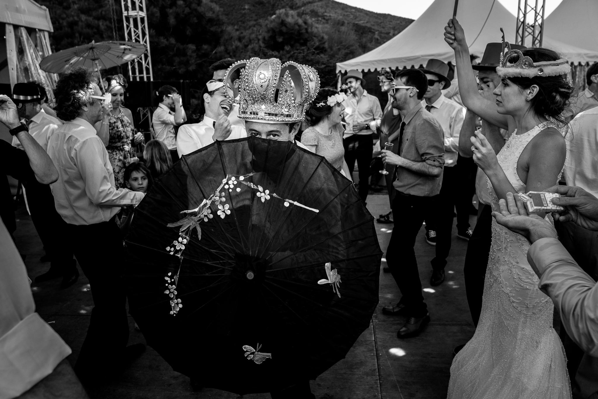boda-bariloche-maxi-oviedo-fotografo-ramo-vestido-de-novia-68.jpg