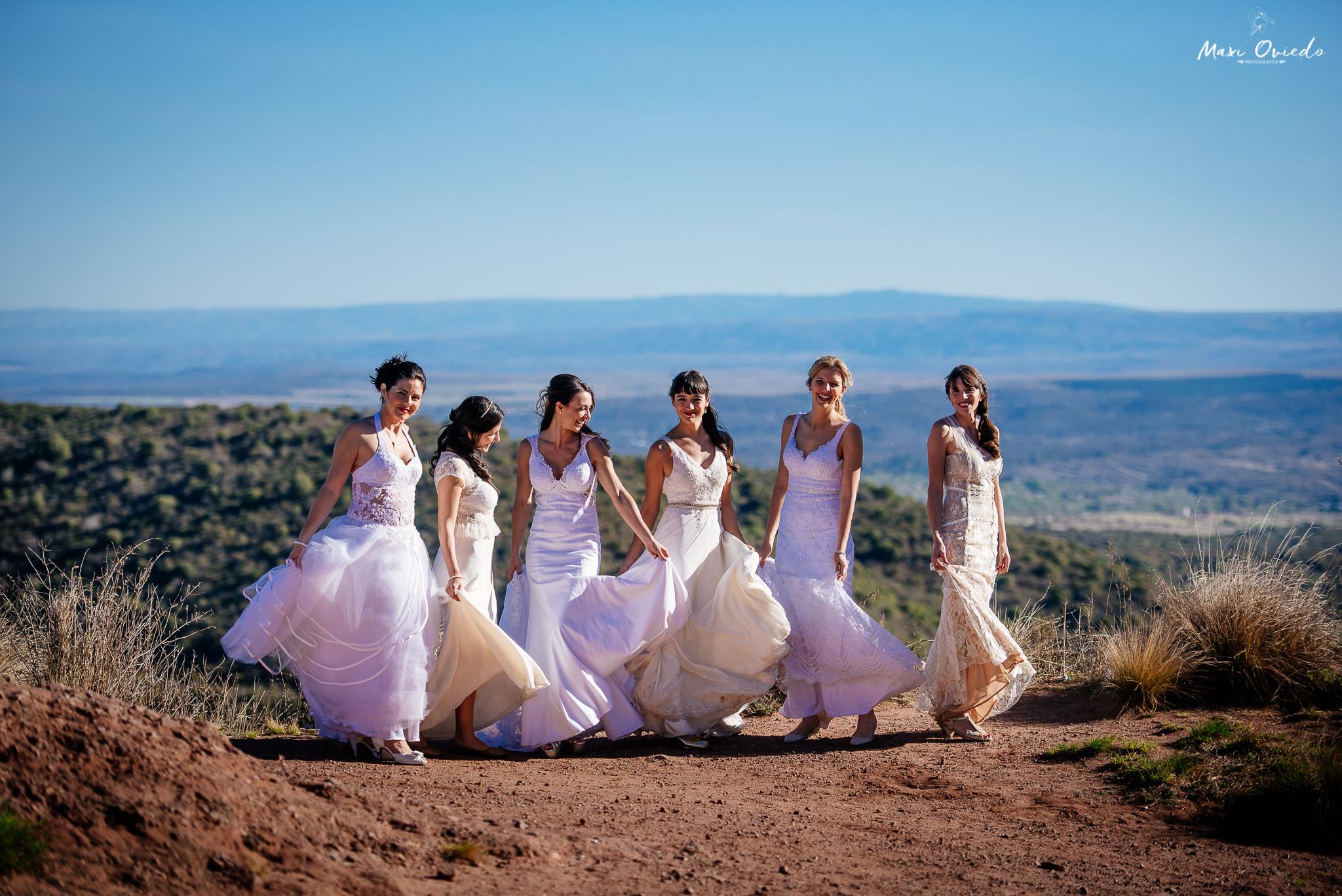 boda sextuple la cumbre cordoba cuchi corral fotografo de bodas fotografo de casamientos rosario san nicolas argentina vestido de novia ramo de novia-13.jpg