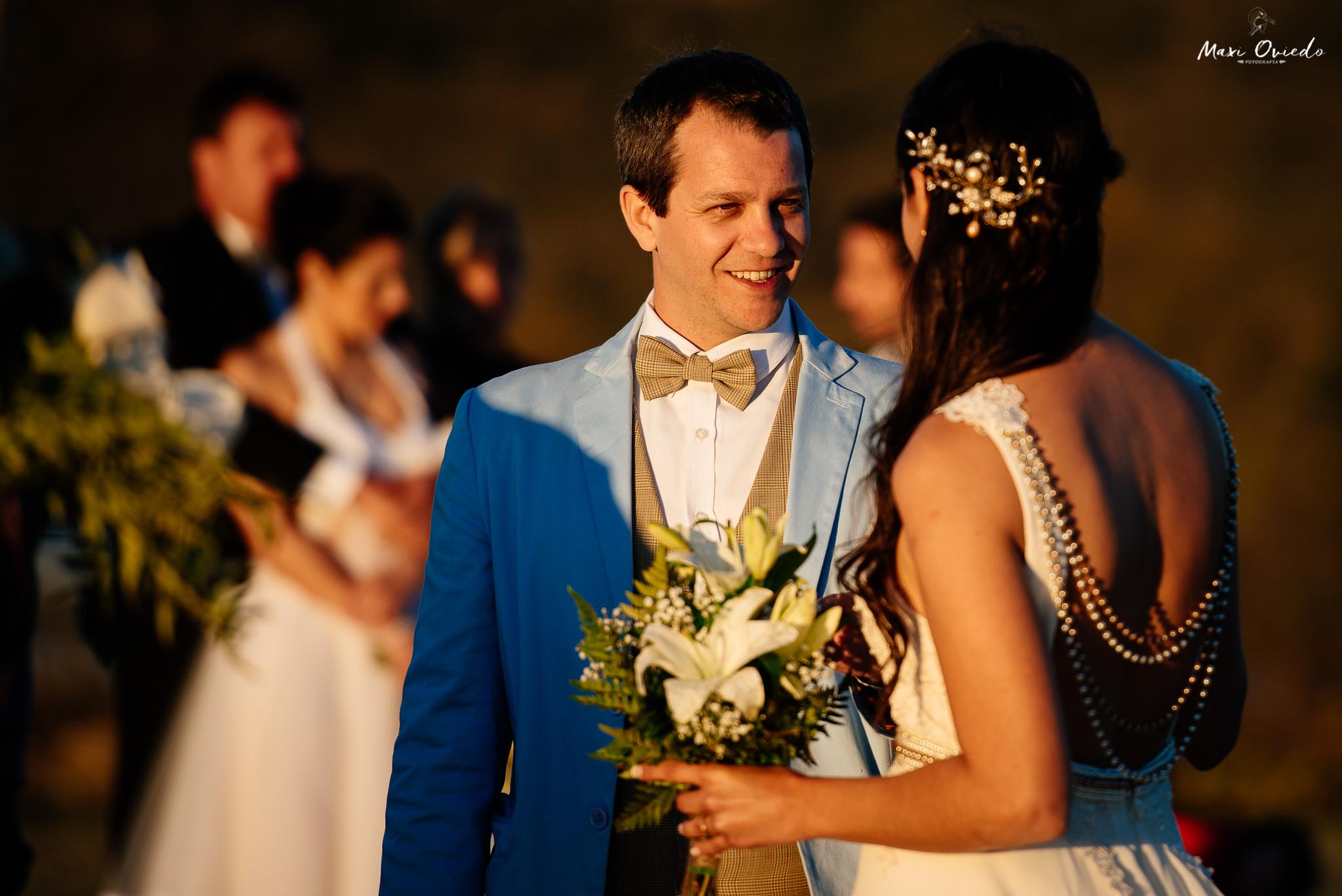 boda sextuple la cumbre cordoba cuchi corral fotografo de bodas fotografo de casamientos rosario san nicolas argentina vestido de novia ramo de novia-35.jpg