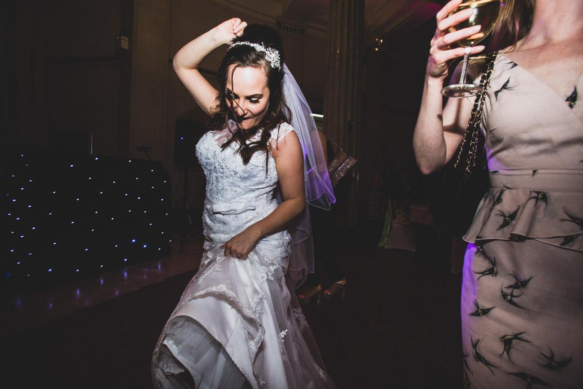 Cardiff_wedding_Photographer_christopher_paul_wedding_weddings_045