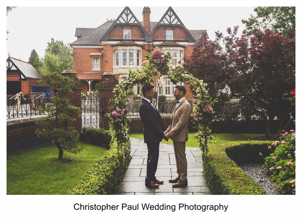 007 Creative Wedding Photographers Cardiff South Wales Bristol South West christopherpaulweddings.com-2.jpg