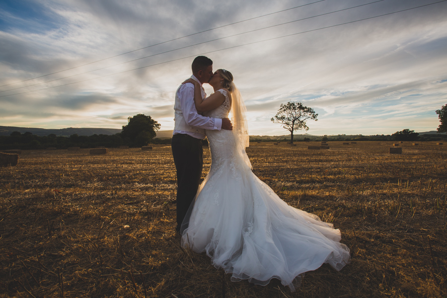 Cardiff Wedding Photographers-Christopher Paul Wedding Photography and Videography-900 x 600_019.jpg