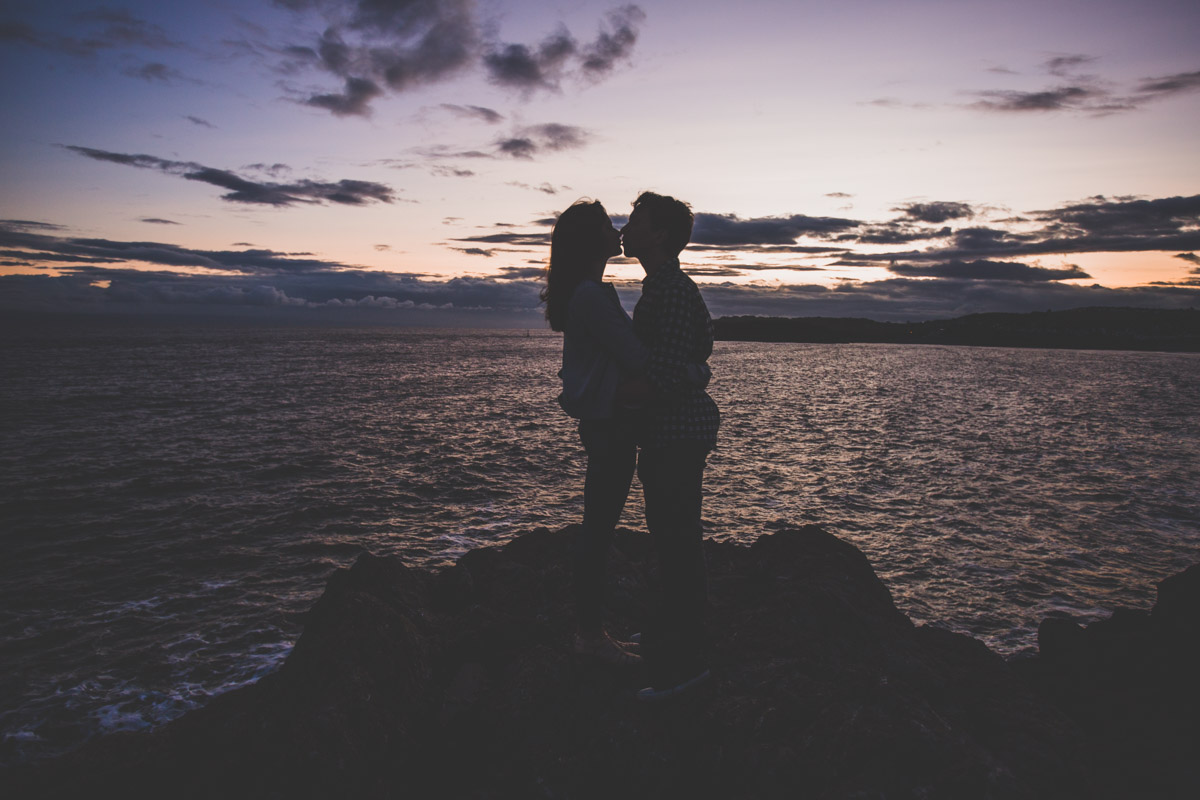So lucky to have had the perfect sunset with the sea in the bvackround for this engagement session