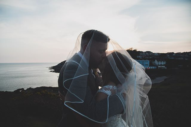 That magical time when you have a big cwtch and a kiss watching the sun go down over the sea on your wedding day. . . #junebugweddings #stylemepretty #belovedstories #authenticlovemag #greenweddingshoes  #cardiffweddingphotographer #bride #groom #cardiffwedding  #destinationwedding #adventurewedding #engagementphotos #couplesphotos  #cardiff #welshwedding #lookslikefilm #engaged #happilyengaged #loveandwildhearts #Prettylittlethings #belovedstories