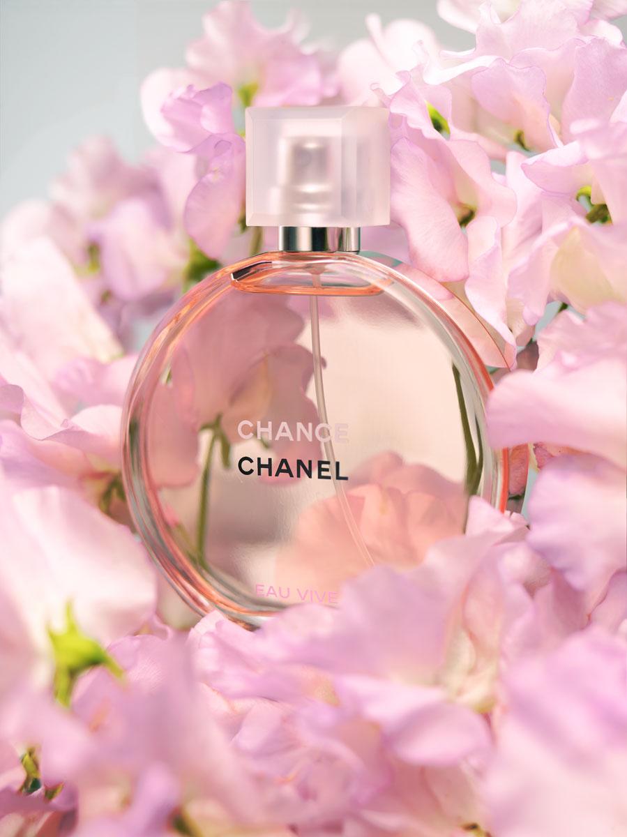 060816_flower_perfume_chance122322.jpg