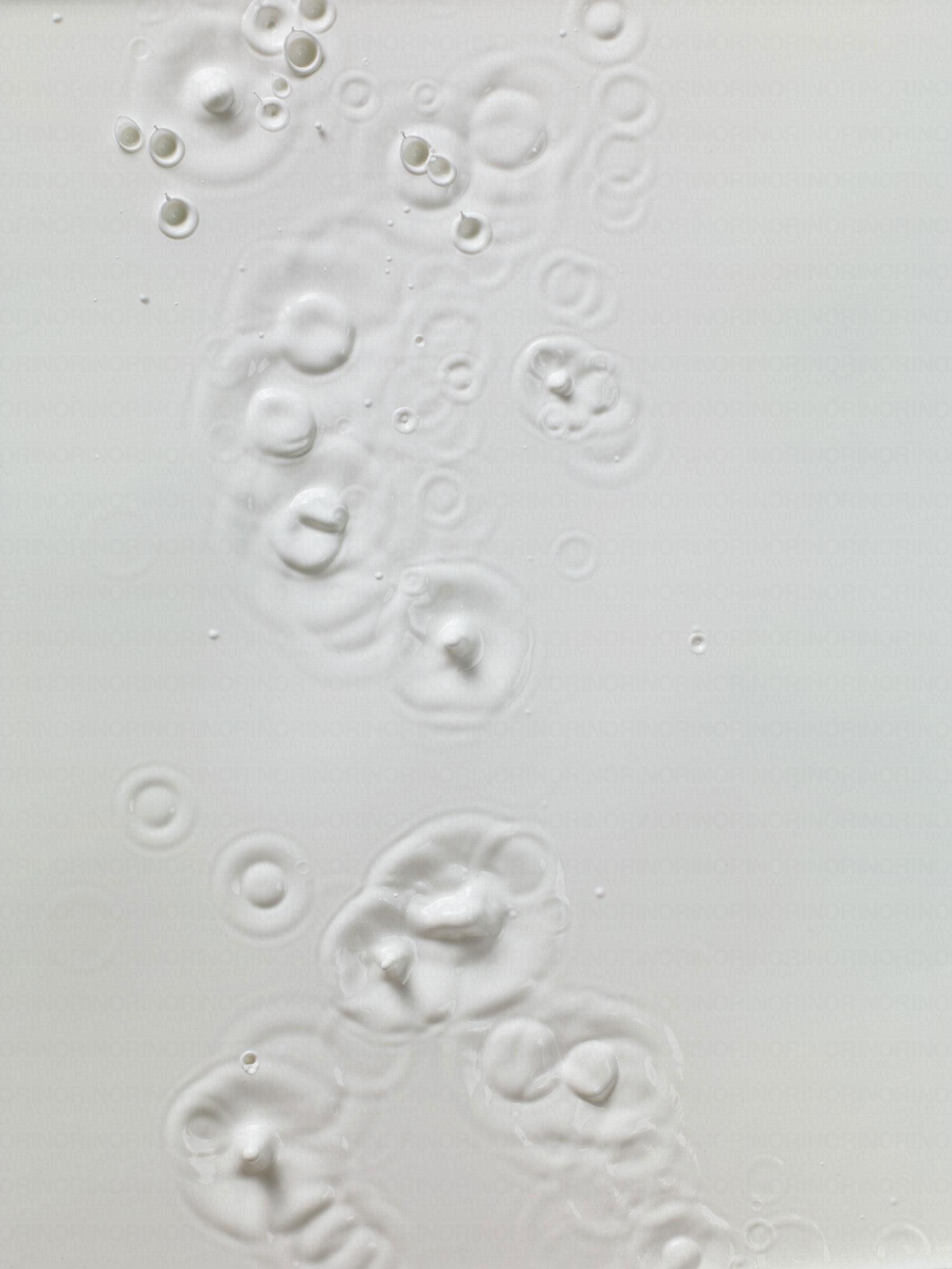 031917_white_splash_overhead155595.jpg
