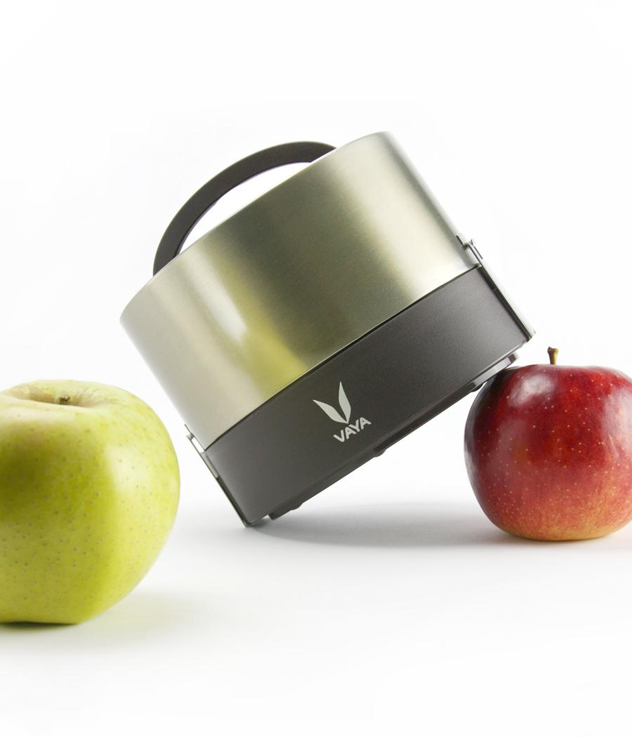 600 w apple action2.jpg