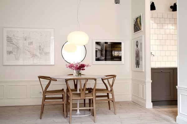 white_tiles_y_chair_kitchen_emmas_designblogg_51929a679606ee5dbb7162ab