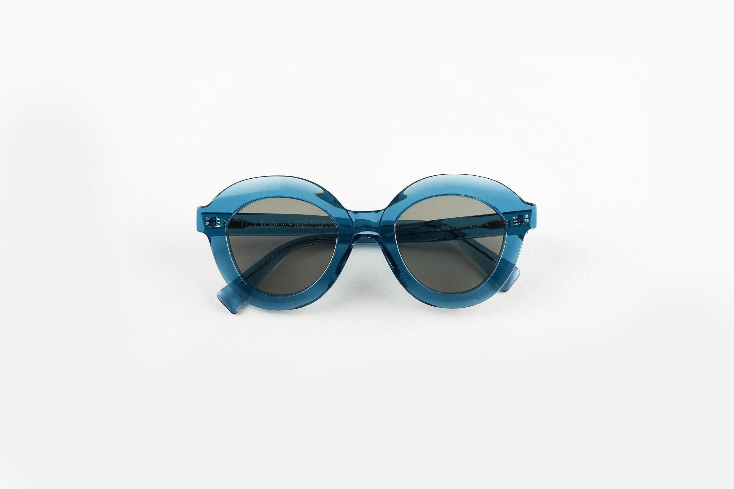 LIPS_DARK BLUE_FOLD-folc eyewear.jpg