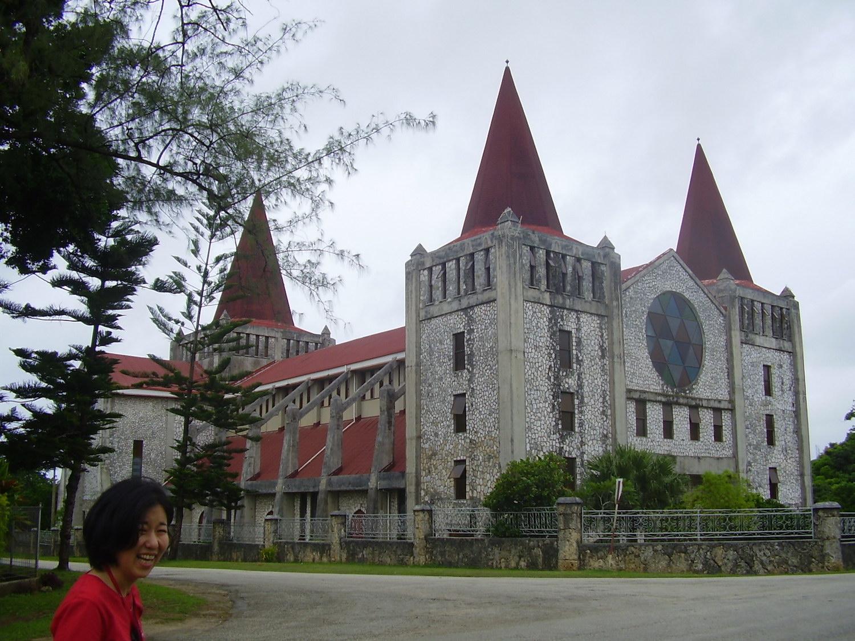 Pic: Tomoe in front of the Free Tongan Church, Nuku'alofa