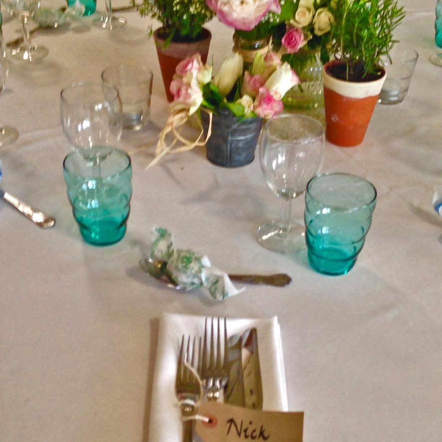 Wedding table flowersb.jpg