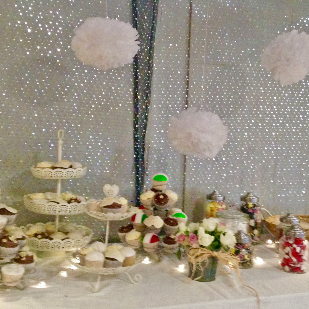 Wedding cakesb.jpg