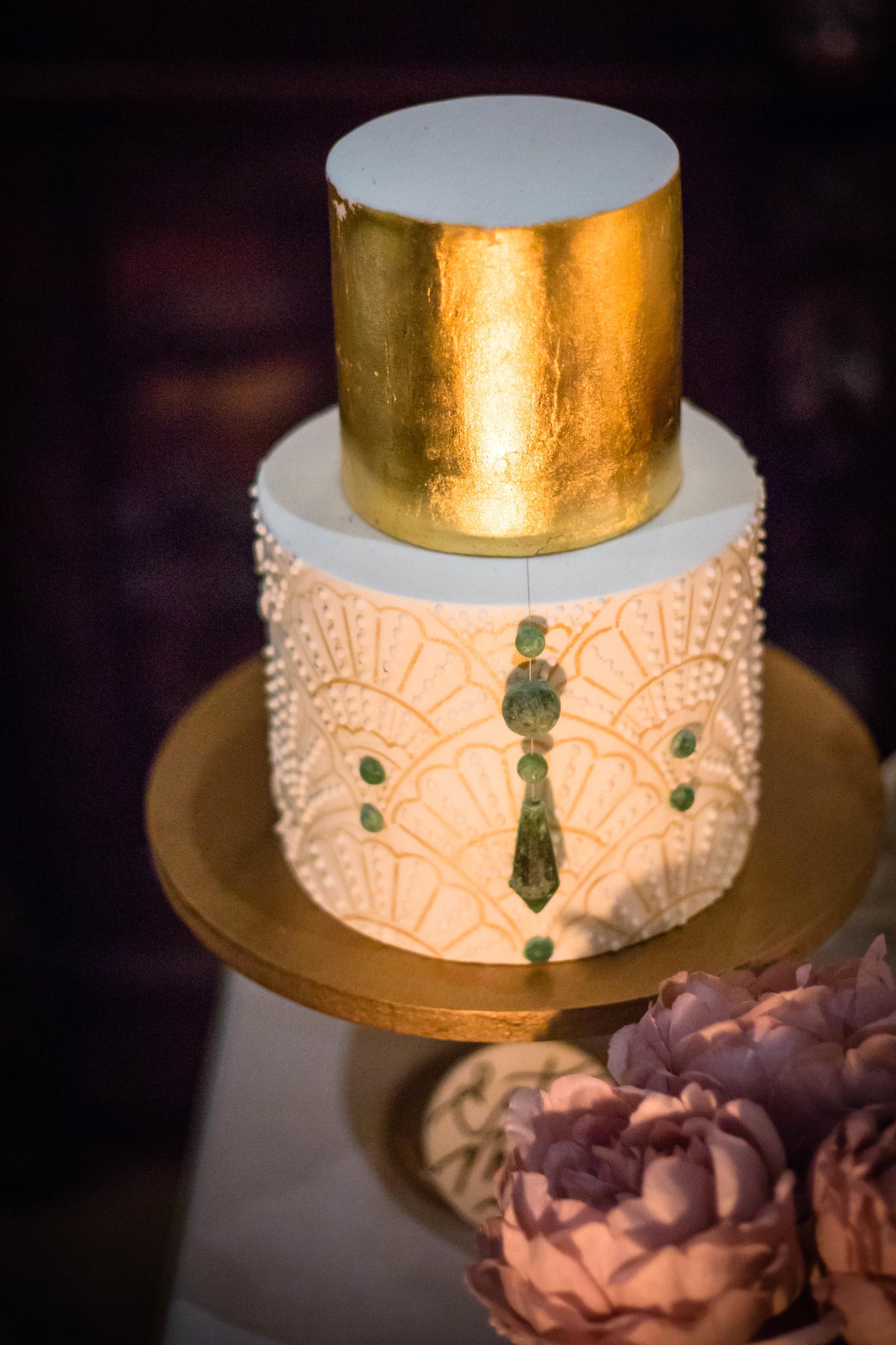 suzanne cake gold.jpg
