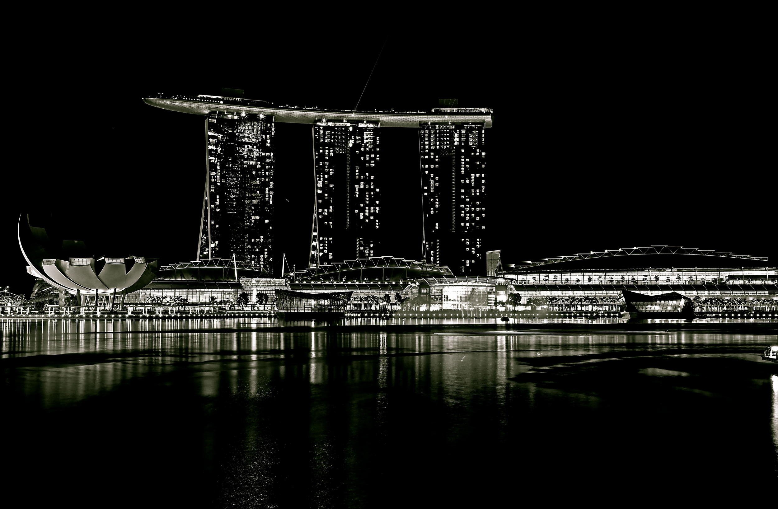 Marina Bay Sands B&W