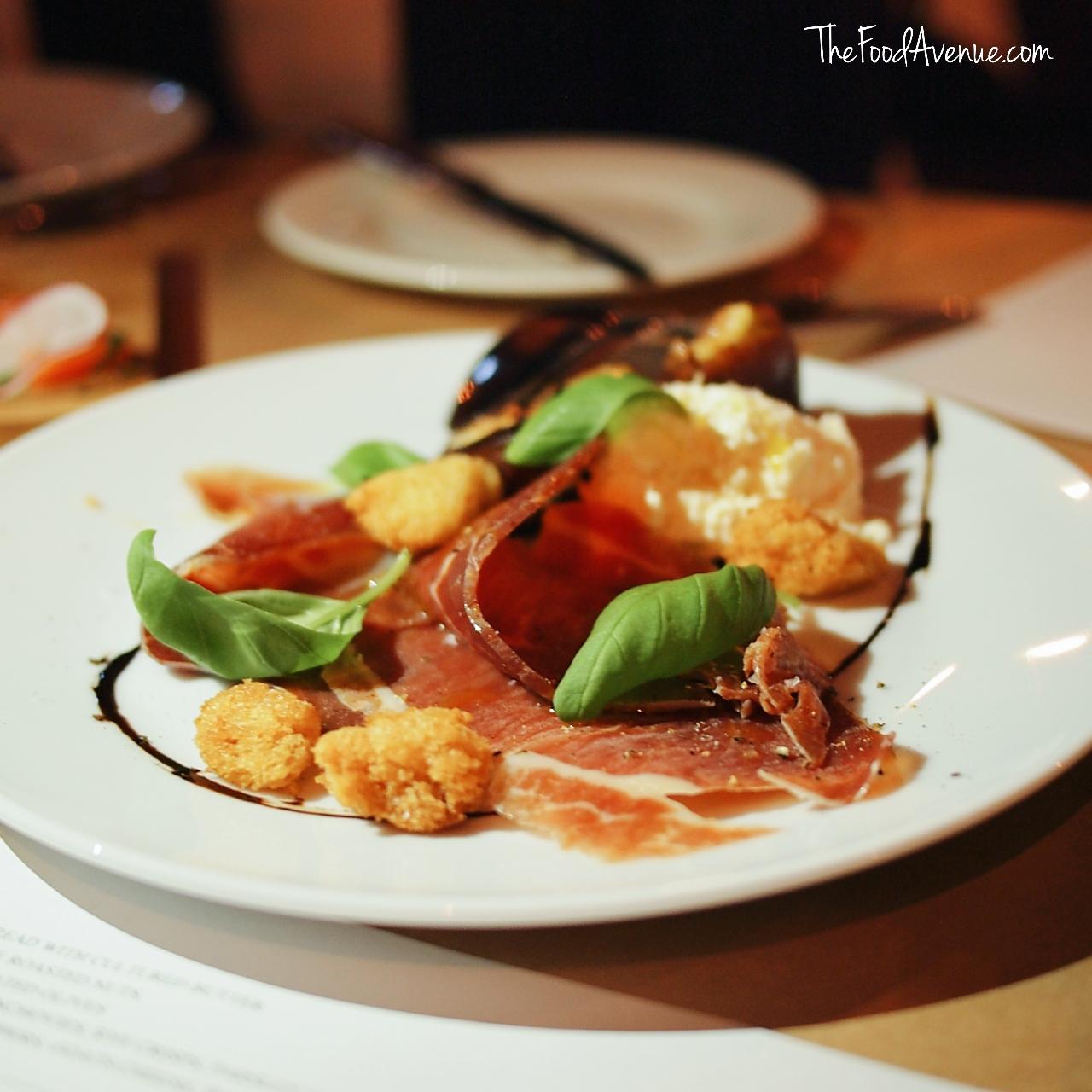 The_Food_Avenue_Loft_Bar_Grill.jpg