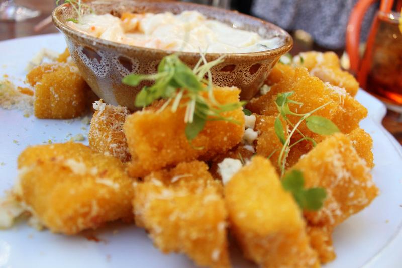 The_Food_Avenue_Jamies_Italian2.jpg