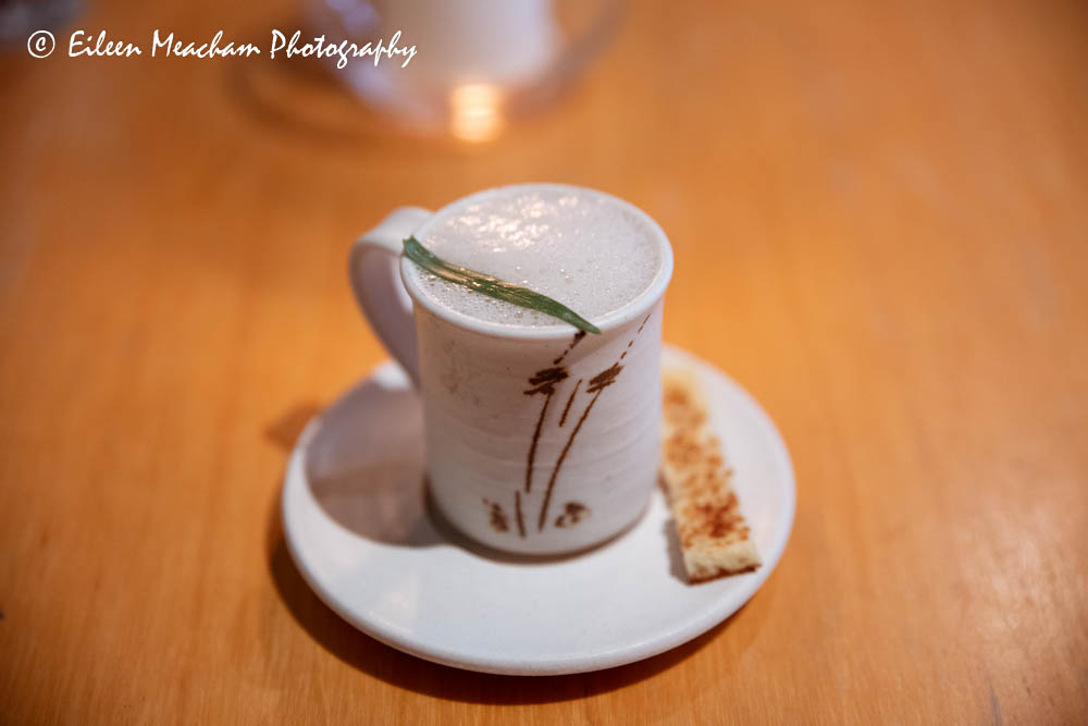 White bean cappuccino with oyster
