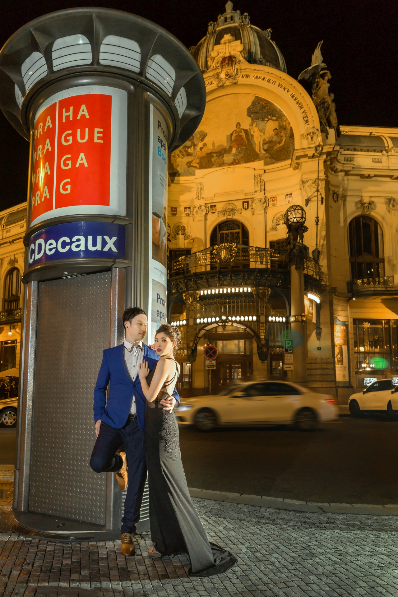 Prague Prewedding - Night Scene