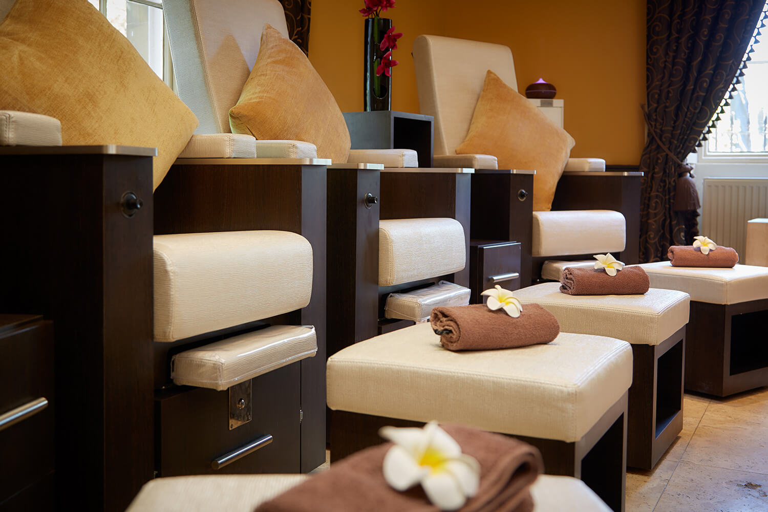 Sessions-House-Pedicure-Lounge-Gallery-4.jpg