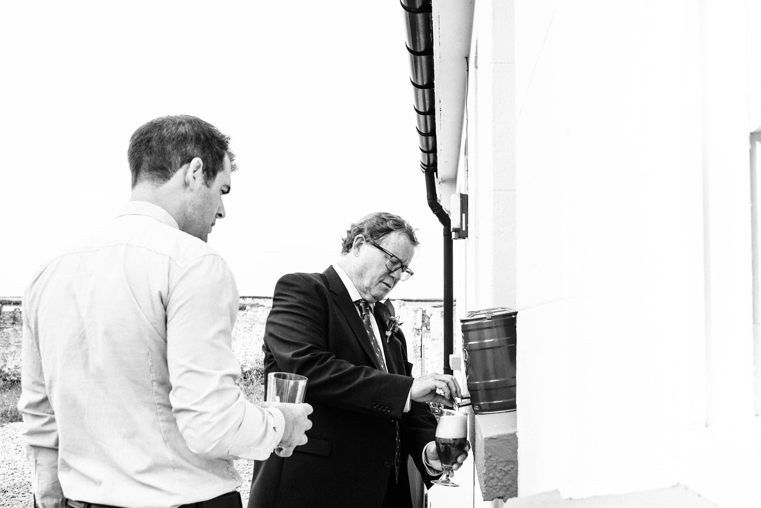 Alex_Sedgmond_Photography-MonkNashLighthouse-WeddingPhotography-Penny&Mike-173.jpg
