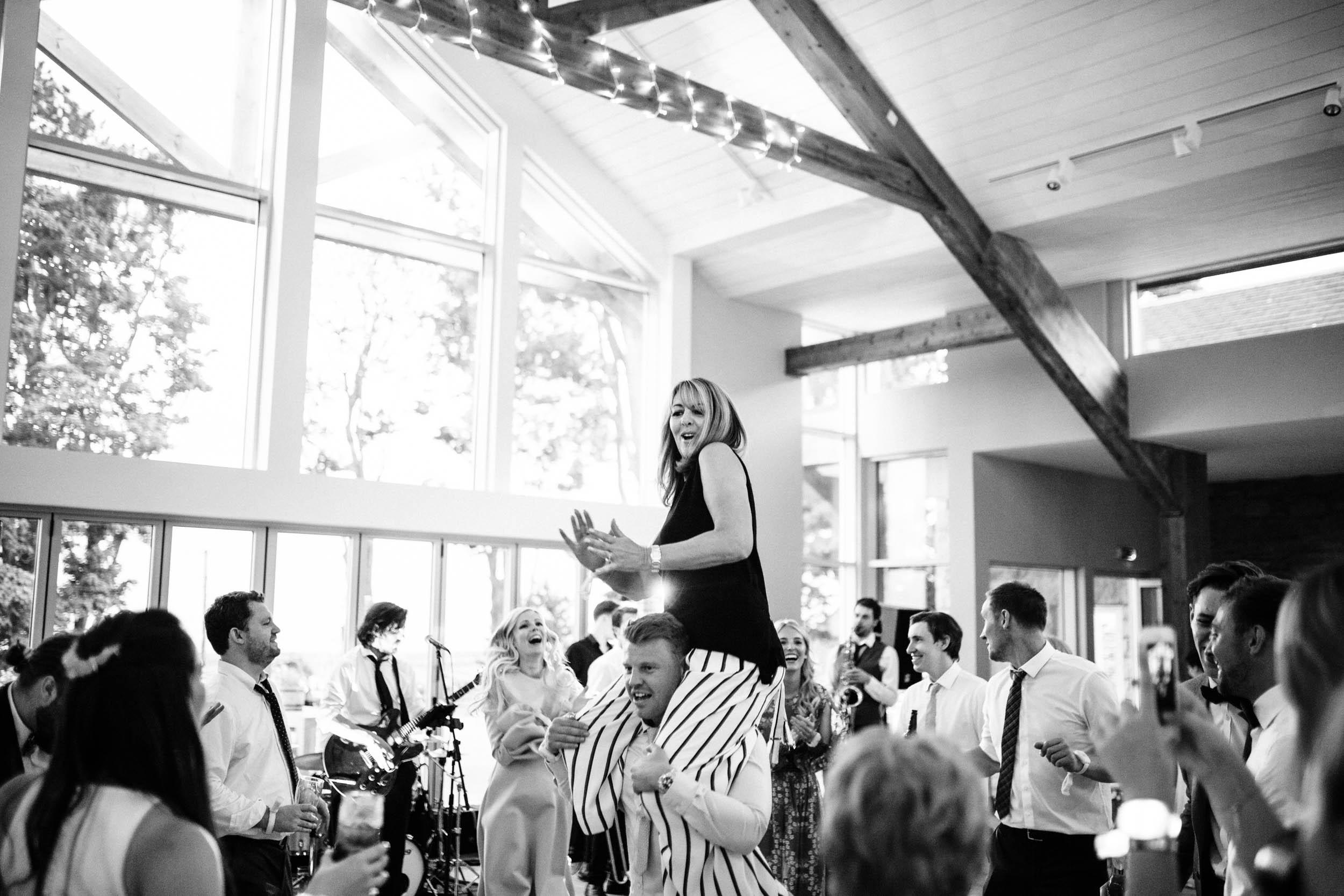 Alex_Sedgmond_Photography-SouthWalesWeddingPhotography-Wedding-Photographer-Cardiff-127.jpg