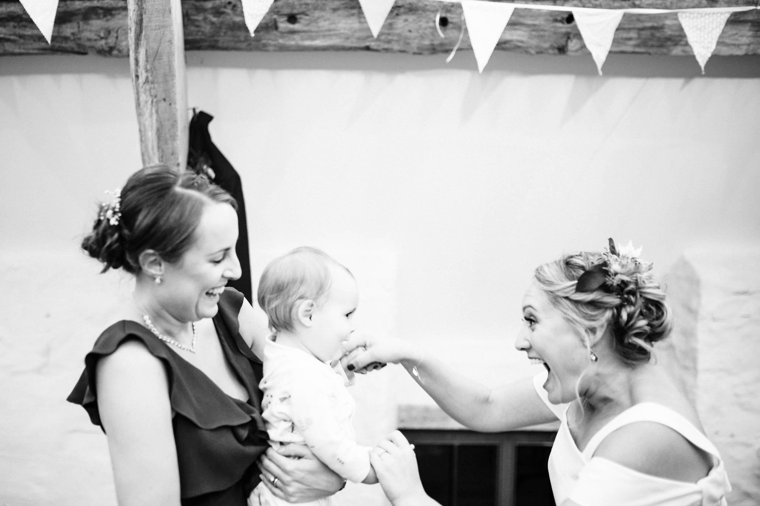 Alex_Sedgmond_Photography-SouthWalesWeddingPhotography-Wedding-Photographer-Cardiff-205.jpg