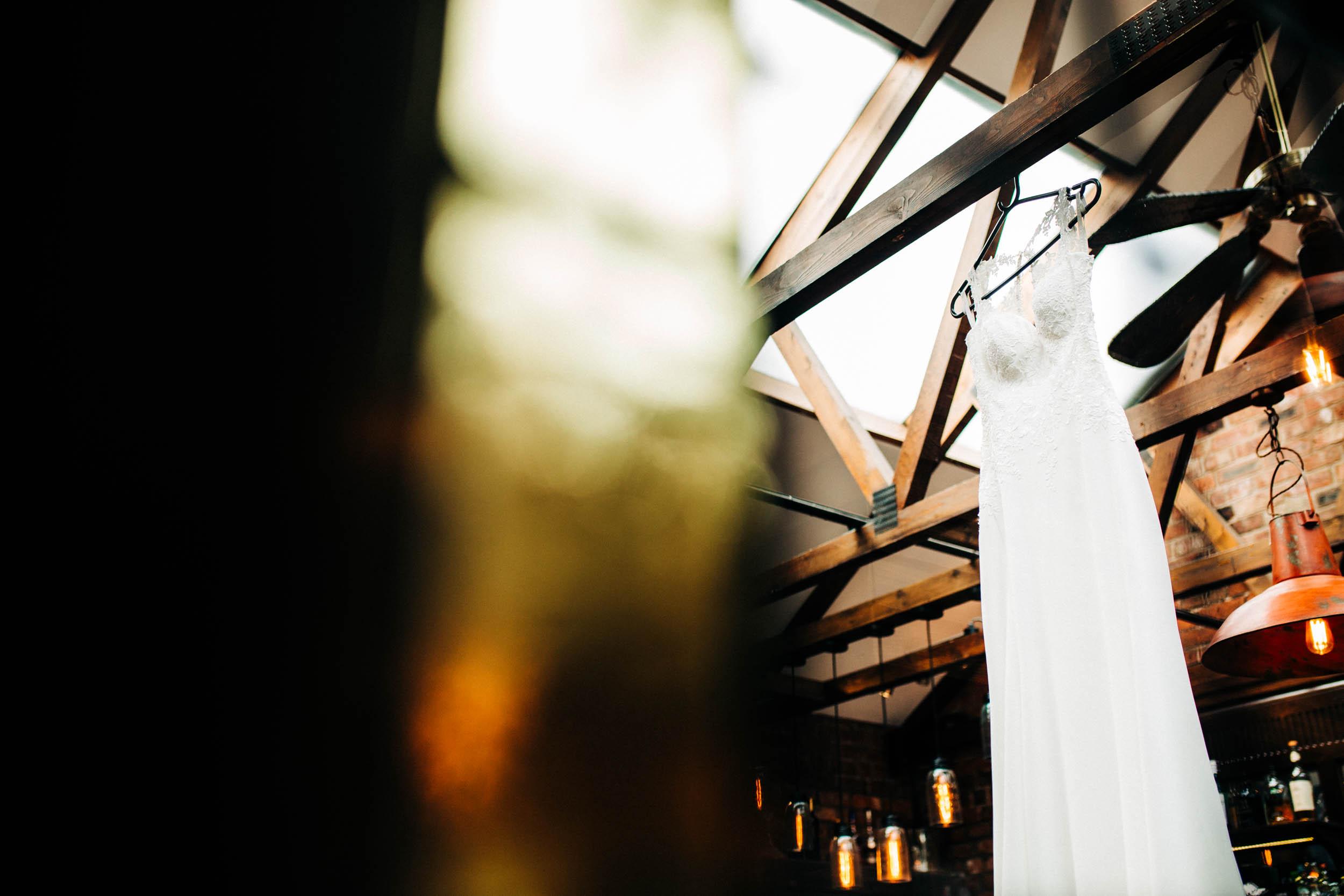 Alex_Sedgmond_Photography-SouthWalesWeddingPhotography-Wedding-Photographer-Cardiff-214.jpg