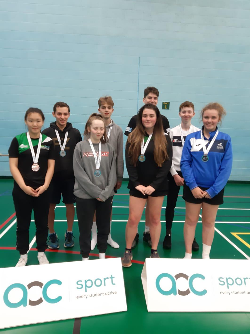 Badminton bronze SW.jpg