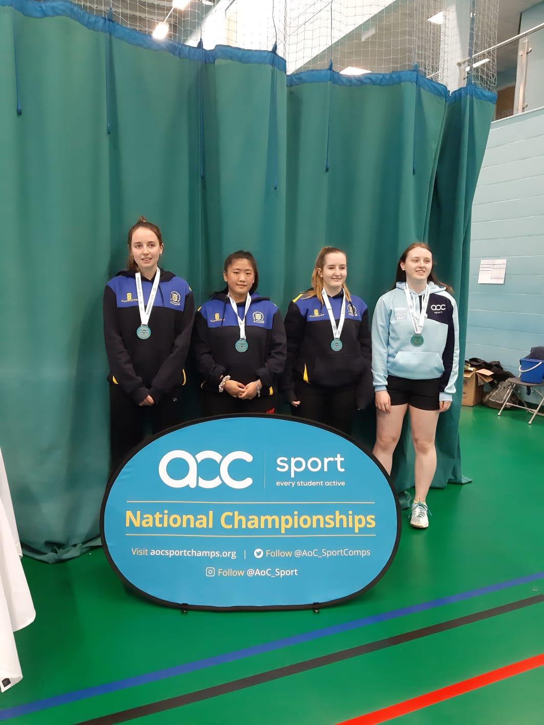 Badminton silver SE women.jpg