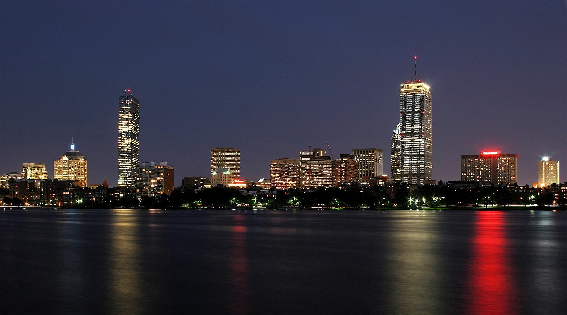 https://pixabay.com/en/boston-massachusetts-skyline-urban-592192/