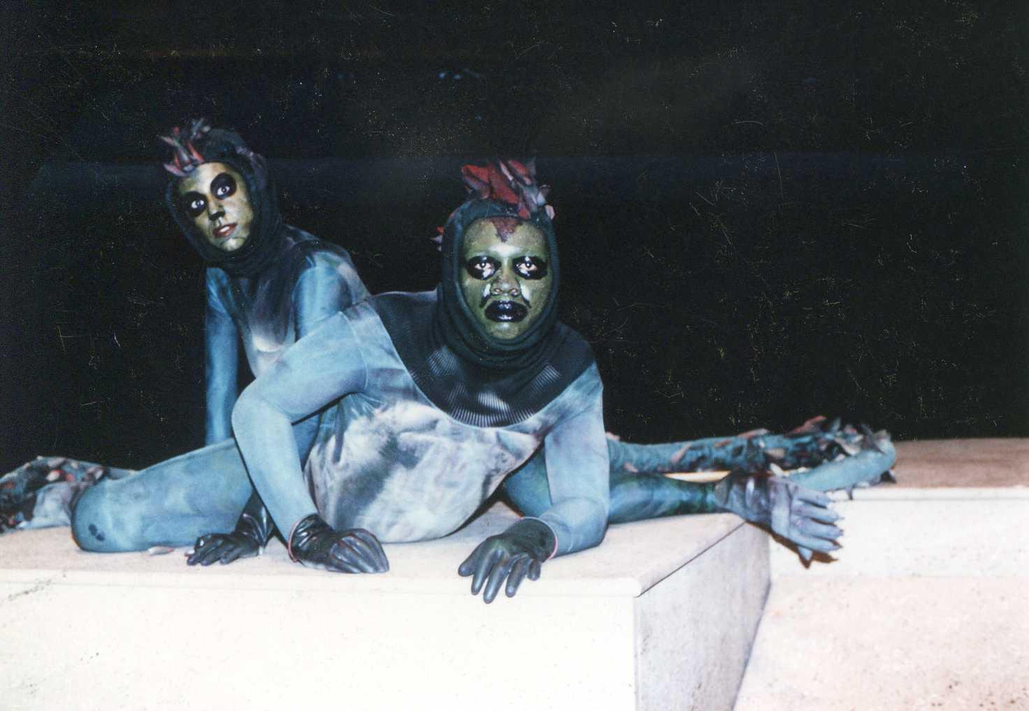 Bruce-Robinson-and-Lillian-Rozin-in-SEASCAPE-by-Edward-Albee-1988.jpg