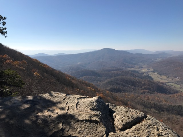 Looking at McAfee's Knob from Tinker Cliffs
