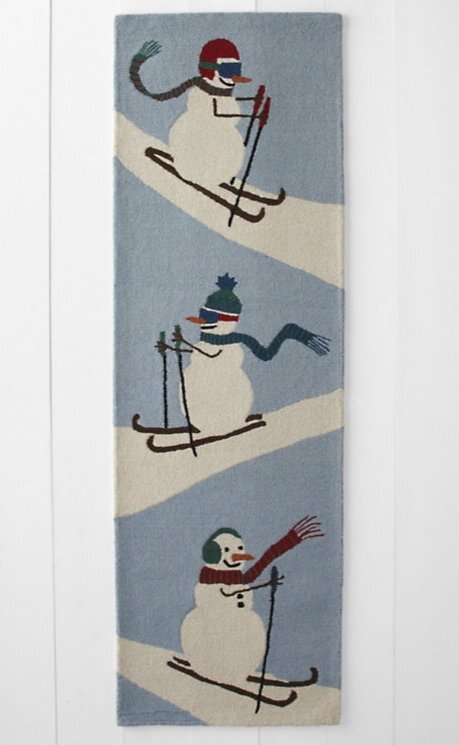 HABLE-GH-2019-RUNNER-SKIING-SNOWMEN.jpg