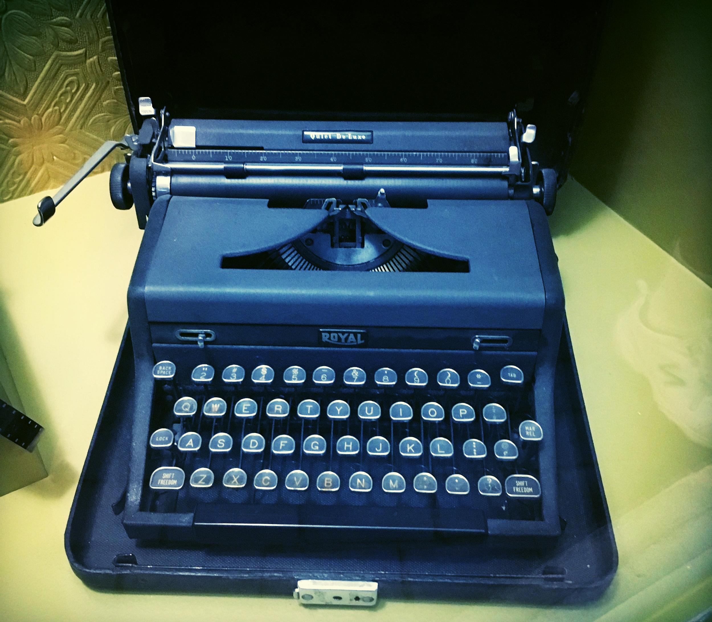 CIA Typewriter