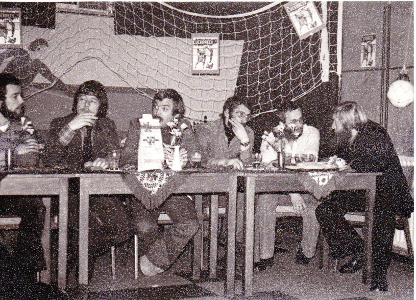 Receptie kampioenschap 1975 2e klasse 09.jpg