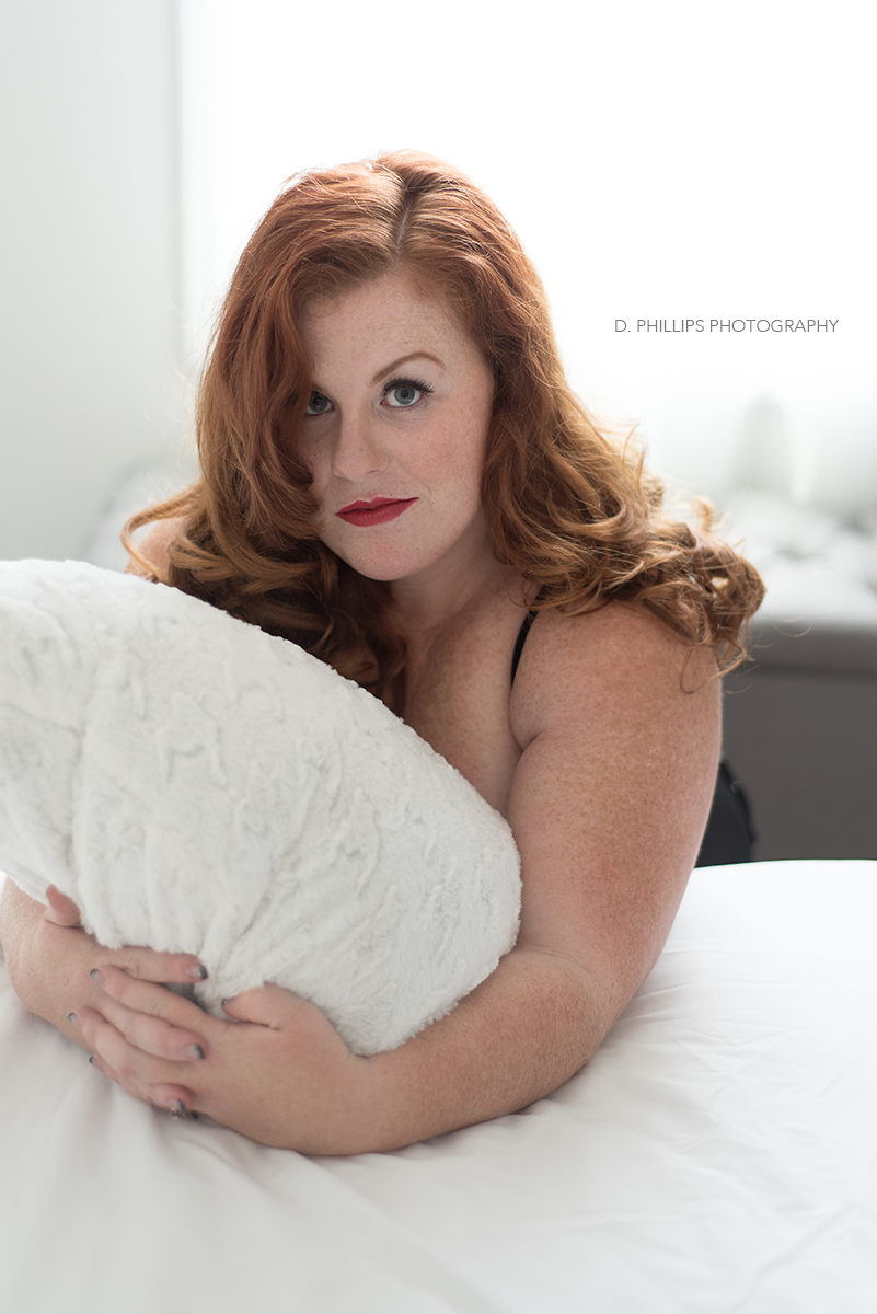 """Undone"" retro boudoir photos 