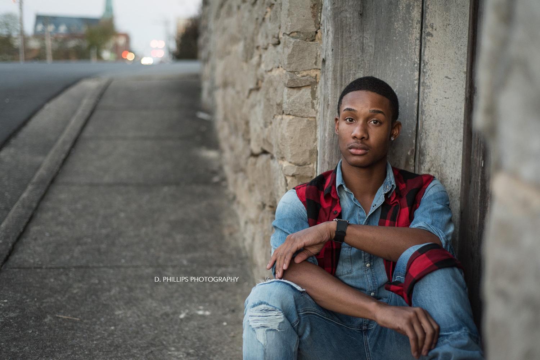 Senior grad photographer in Clarksville TN | D. Phillips Photography