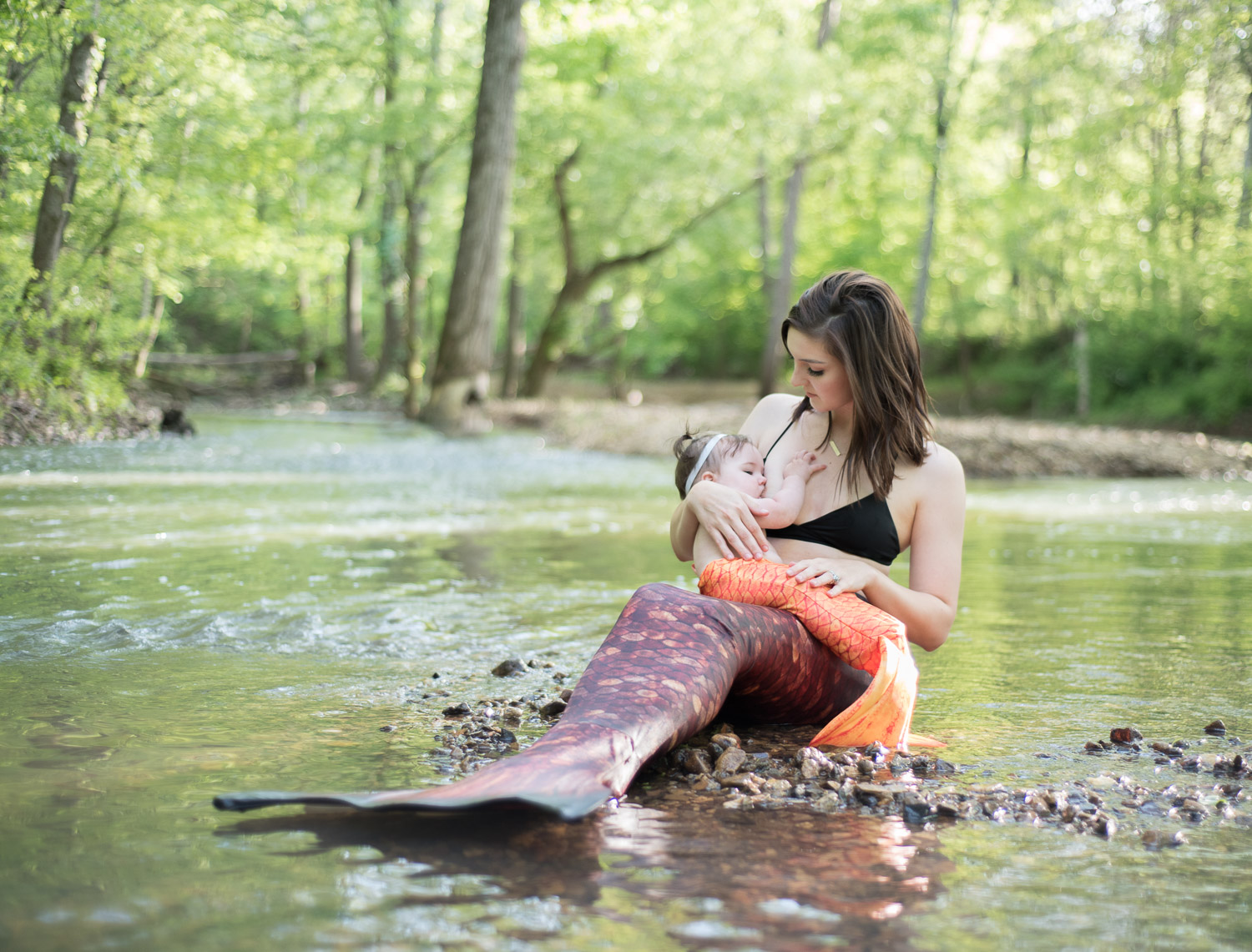 Mermaid breastfeeding pictures // www.dphillipsphotography.com/blog