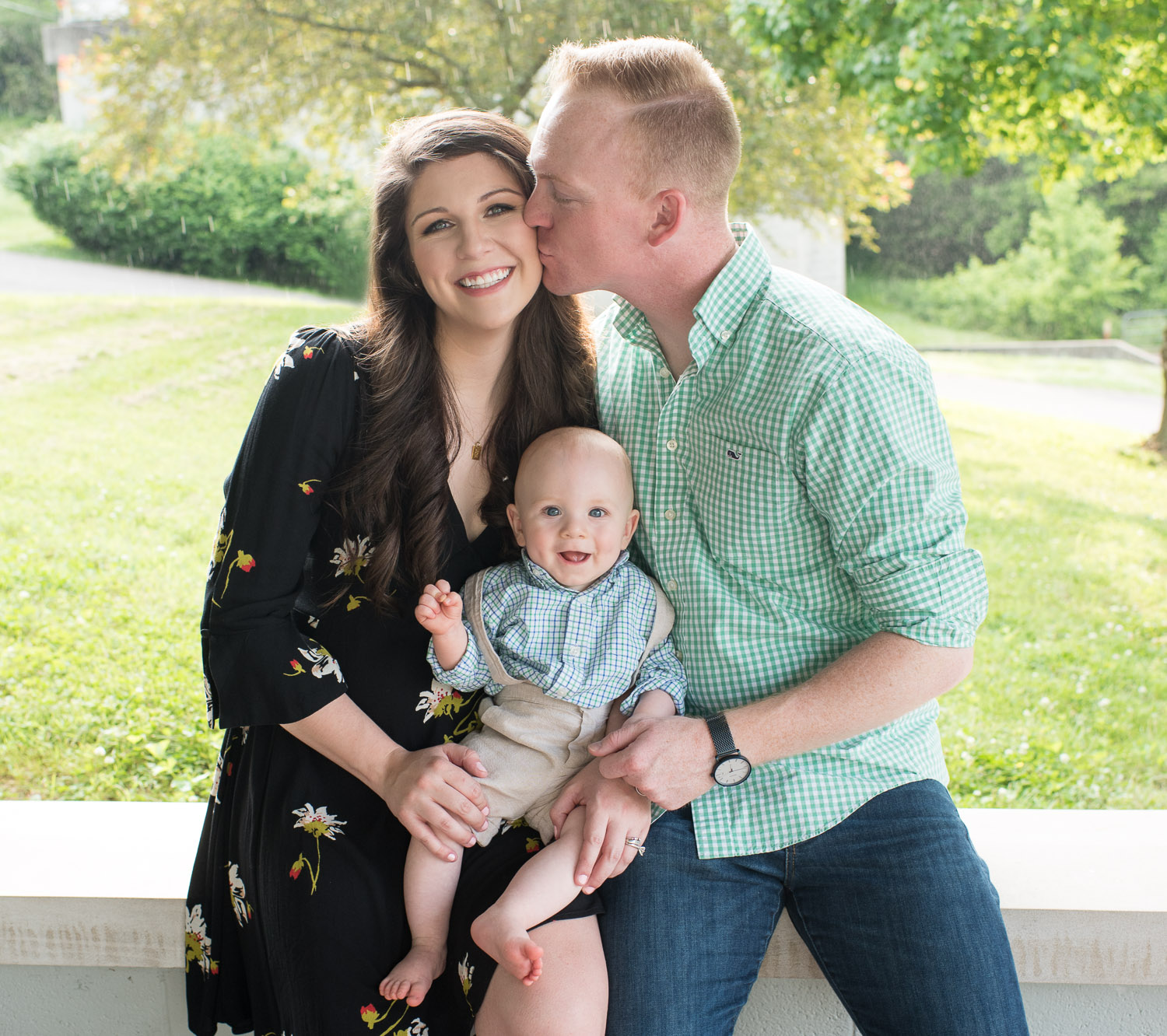 Outdoor Family Photographs - D. Phillips Photography - Fort Campbell Clarksville, TN - www.dphillipsphotography.com