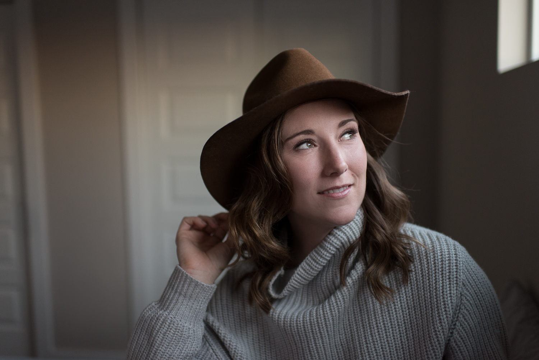 D. Phillips Photography 5 Non Lingerie Outfit Ideas for Boudoir - Hats