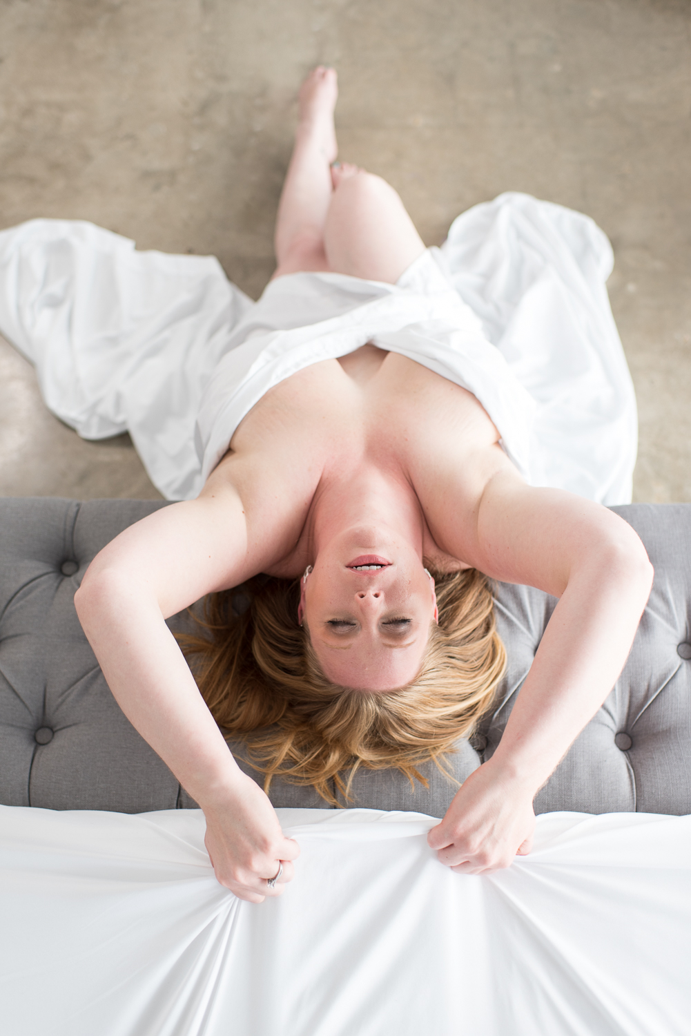 White Sheet Session with D. Phillips Photography in Clarksville
