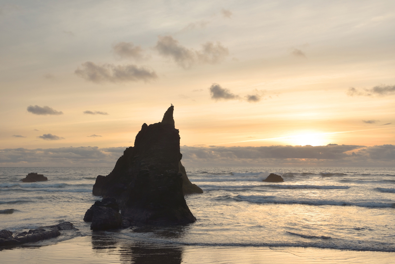 arcadia-beach-sunset-oregon-coast-adams-photography