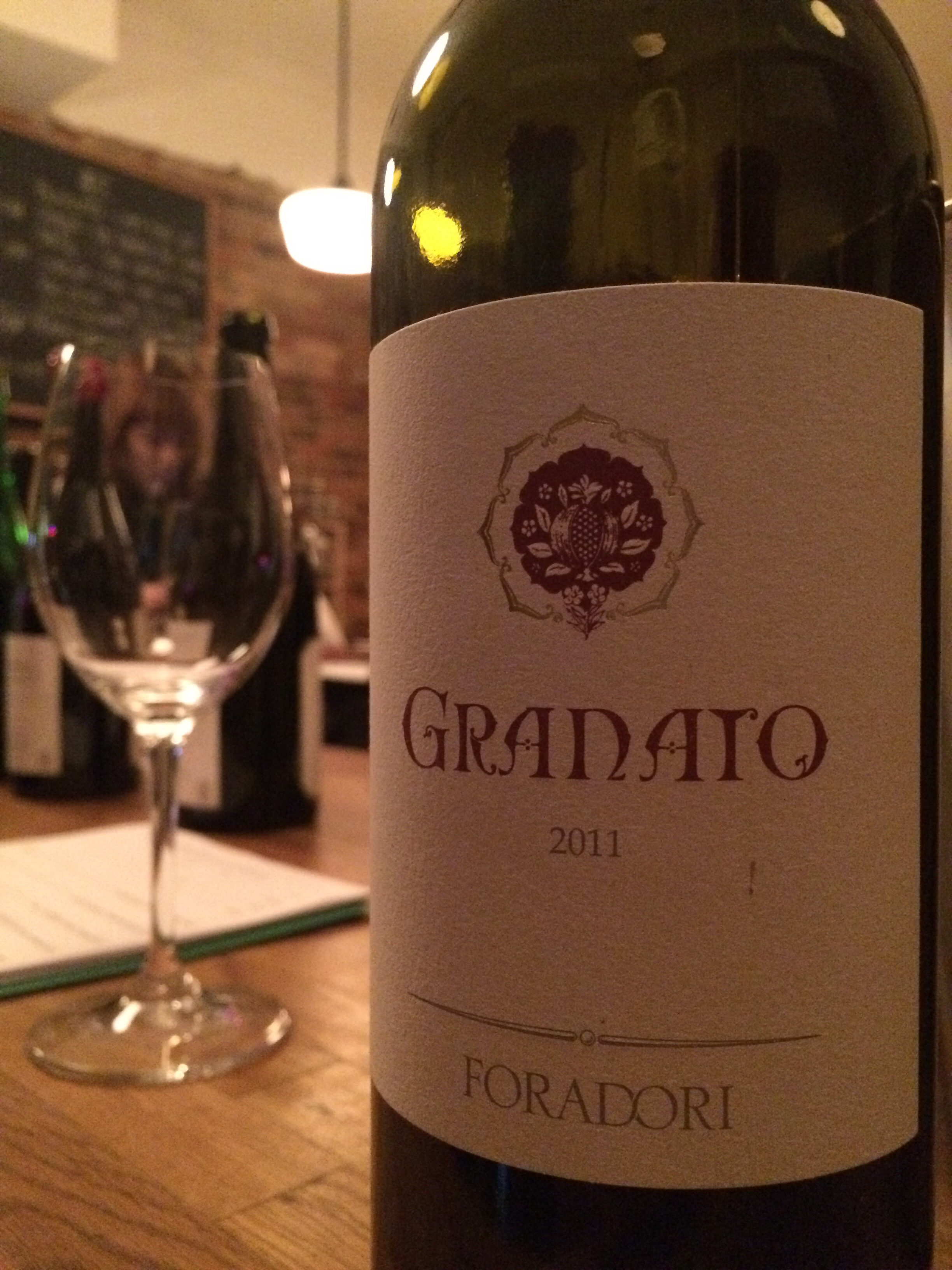 An homage to the influence of the Mediterranean, the origin of wine.  Granato - charm, beauty, elegance
