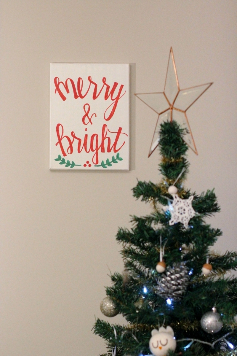 Merry and Bright Canvas // Star Christmas Tree Topper   Gorgeous canvas! I love adding handmade pieces to the home.