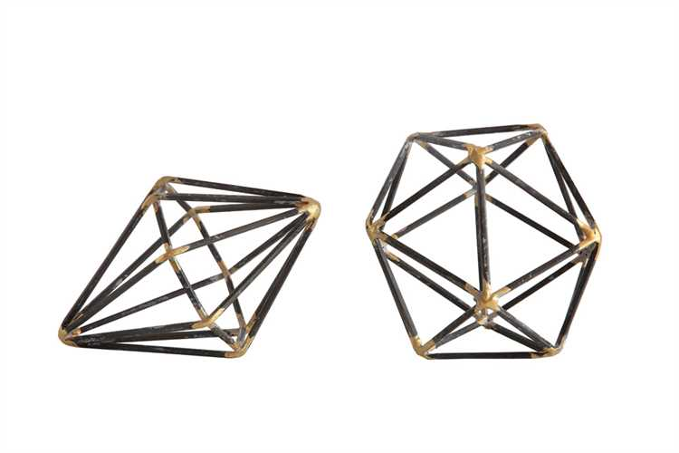 Metal-Geometric-Table-Decorations-da5845a.jpg