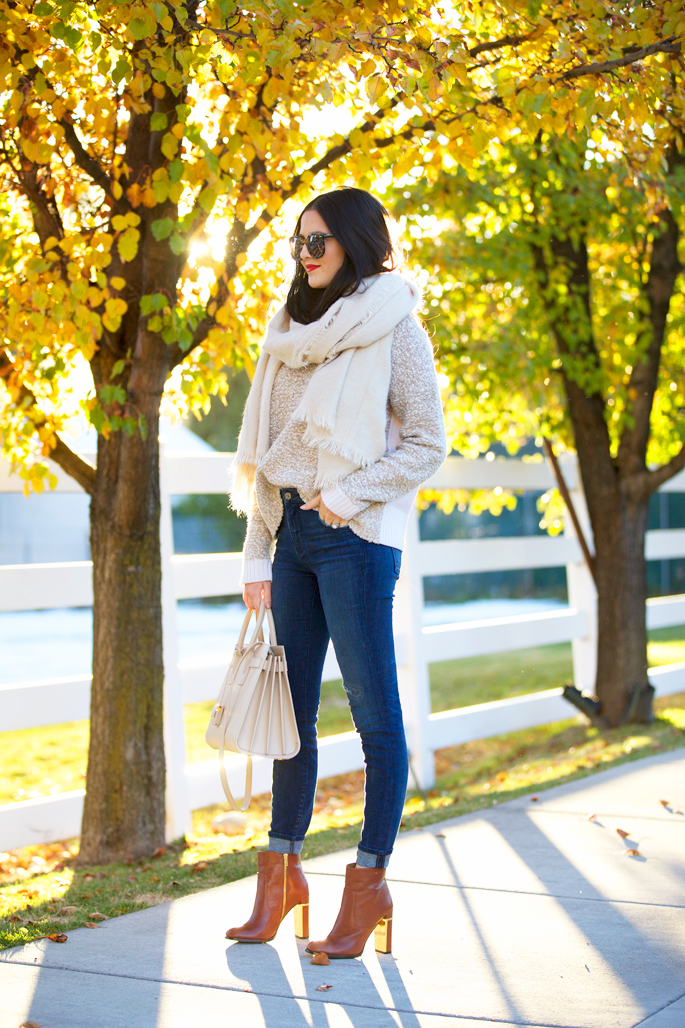 fall-time-outfits-scarf-and-booties.jpg