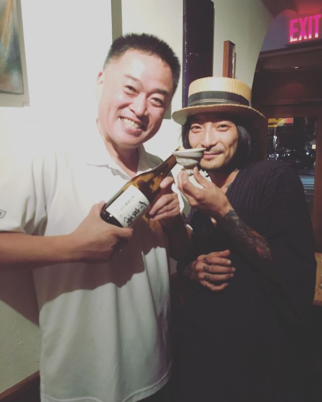 東海林社長が遊びに来たよ💕奈良萬で乾杯😆また想い出が増えました🍶🍶🍶CEO of Yumegokoro came to @gen.brooklyn last night. Drinking favorite Sake with the person who make that Sake is my favorite thing to do 💝 . . . #brooklyn #sake #JapaneseRestaurant #Japanese #izakaya #brooklynkura #omakase #naraman #onenightonly #奈良萬  #brooklyn #ProspectHeights #CrownHeights #ProCro #bestfood #japanesefood #event #special #sakeflight #NewYork #Kanpai #ForSakeLovers #日本酒 #夢心 #夢心酒造