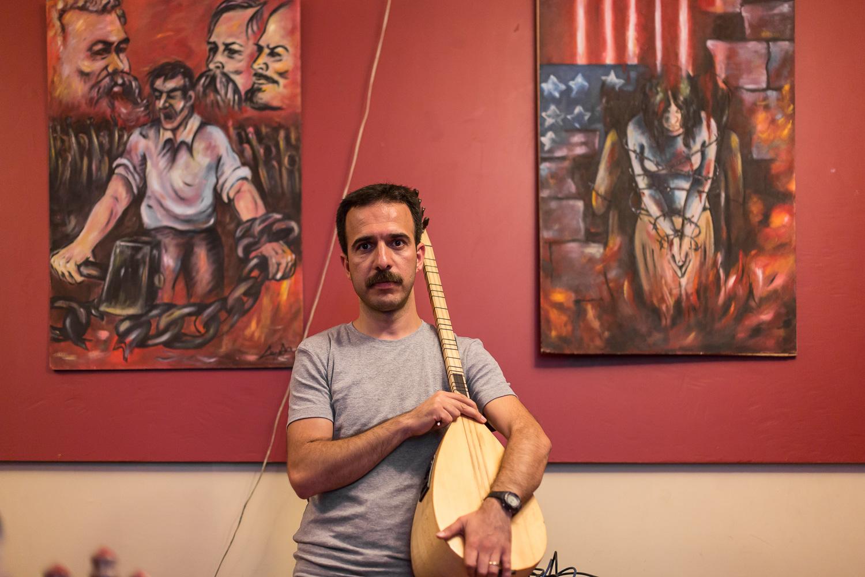 "Cihan Keskek - Musicien du ""Grup Yorum"""